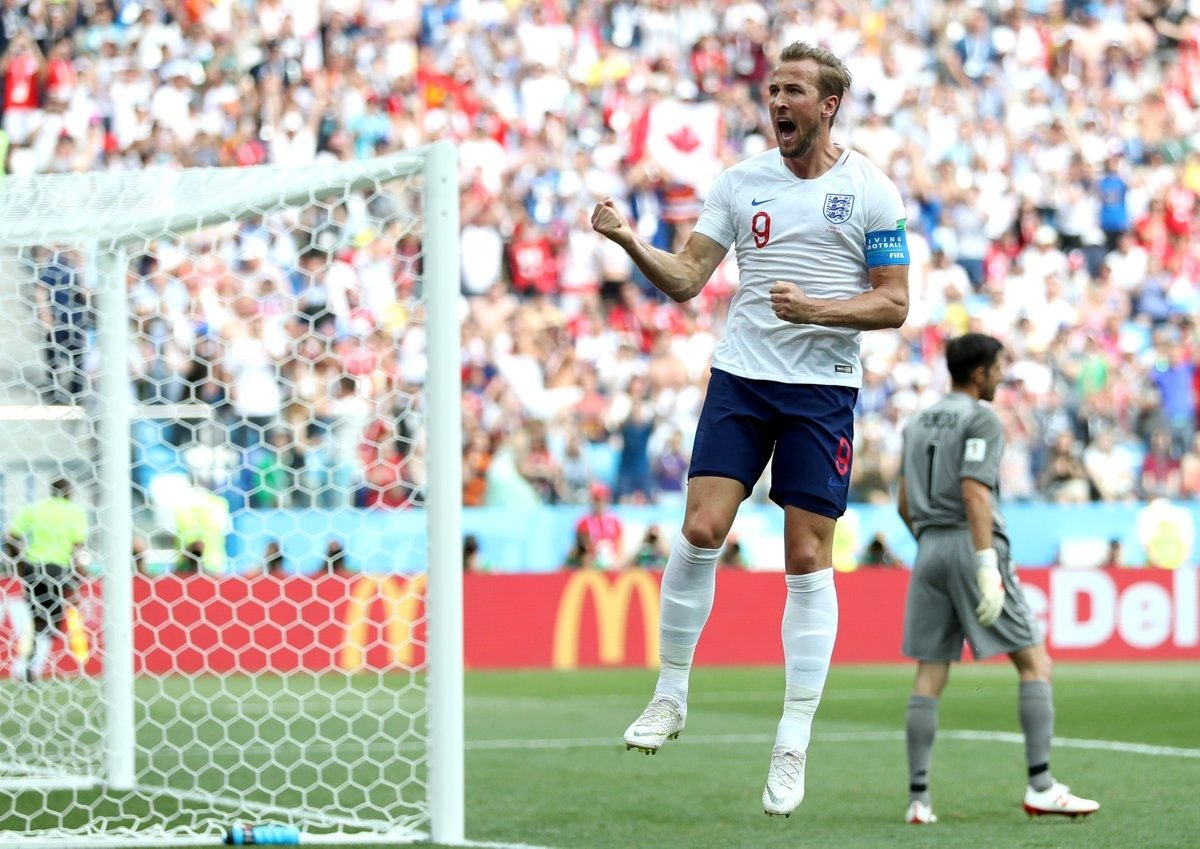 ⚽ 2018 #WorldCup Top Goalscorers:  🏴 Harry Kane (5) 🇵🇹 Cristiano Ronaldo (4) 🇧🇪 Romelu Lukaku (4)  🎉 It's Coming Home!