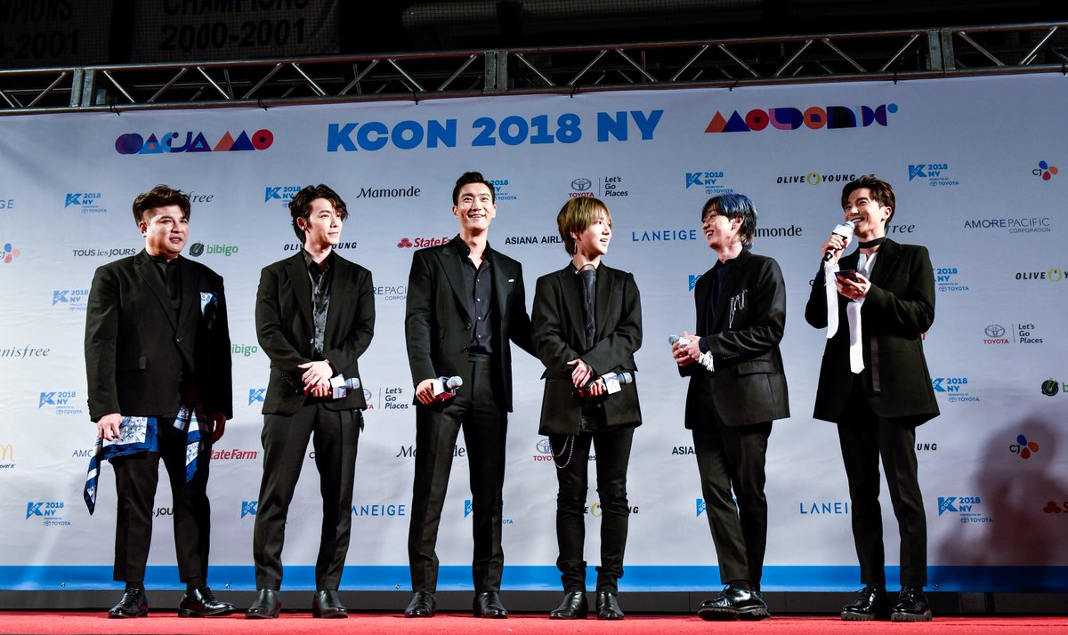 KCON Global's photo on 레드카펫