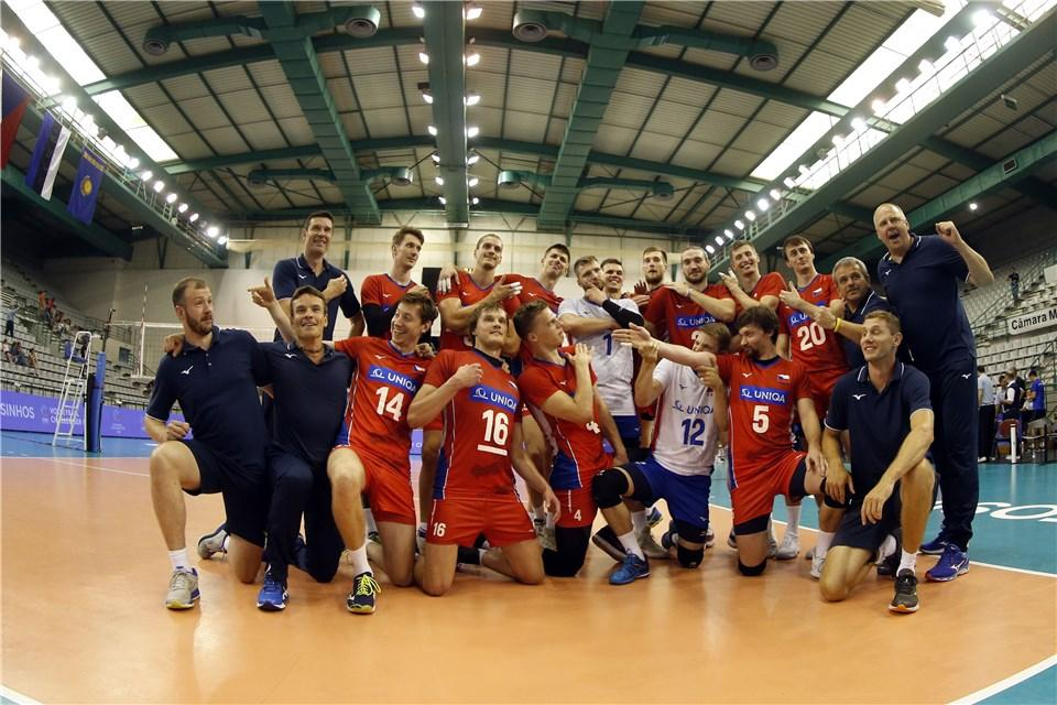The men's FIVB #ChallengerCup Final between Portugal & Czech Republic is underway, with the winner earning a spot in the 2019 !  F#VNLollow at Match Centre  & whttps://t.co/VzDnpz7u53atch on FIVB YouTube     https://t.co/3cFSNYOlWR#volleyball@CzechVolleyball@FPVoleibol