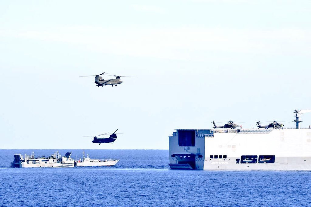 Egypt, Greece, Cyprus Started today the Joint Military Ex Medusa-6 near Alexandria Coast.  Egypt participates in the Ex with one Mistral LHD, one FREEM Frigate, Two Corvettes, six F-16 &amp; 2 Rafale Jets, one E-2c AWACS, and helicopter, in addition to members of Special Forces. <br>http://pic.twitter.com/0Ucn0o5jxz