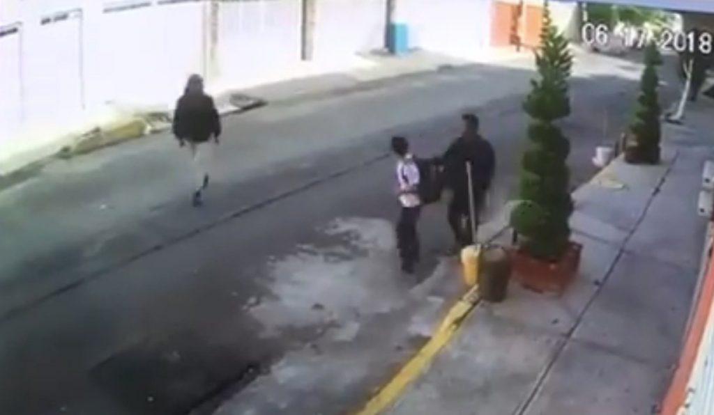 VIDEO Así ASALTARON a un NIÑO en Col. Agrícola Oriental en la CDMX. Noticias en tiempo real