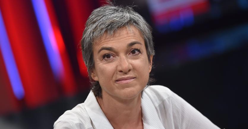 Daria Bignardi: «Ho imparato a prendere in giro la mia ansia» https://t.co/JvUAWctMC5