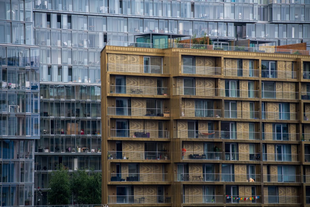 London's house prices continue to fall https://t.co/dqMrq4Rnwn