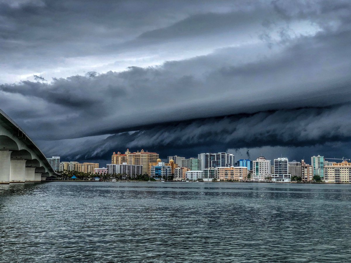 WOW! Storm and amazing shelf cloud seen today from Sarasota, Florida. Photo courtesy of Val Vasilescu. #FLwx<br>http://pic.twitter.com/ytl6mK8kX1
