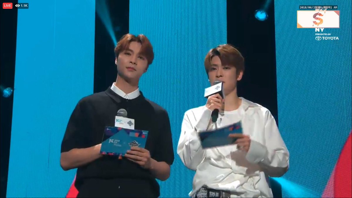 they looked so cute im glad they got to mc UWUWUUW<br>http://pic.twitter.com/TaMXoWrIWV