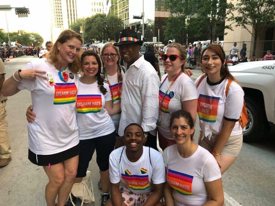 Had a steady stream of support for the @MomsDemand action booth @PrideHouston yesterday! north Houston was representing! @SylvesterTurner in the house!<br>http://pic.twitter.com/UsAHAwDO72