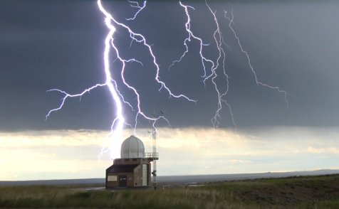 One more picture of the lightning from last evening. Note: It did not strike the upper air building. #wywx #lightning