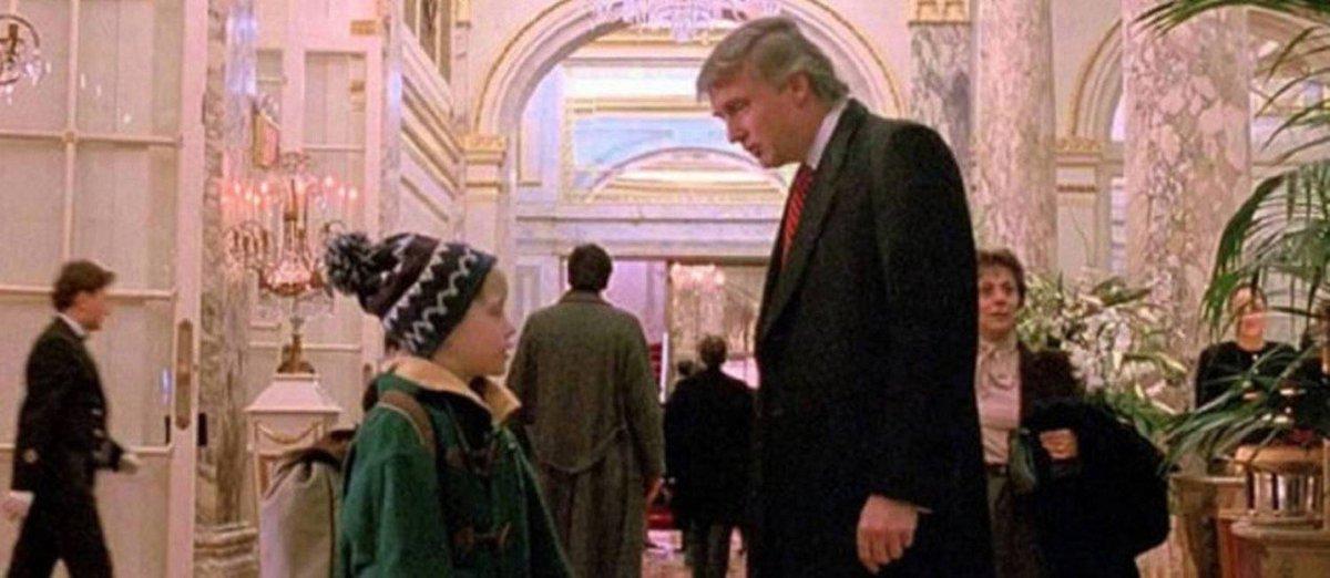 Macaulay Culkin ironiza Trump com foto de 'Esqueceram de Mim' no Twitter: 'Primeira prova de que Trump não está nem aí para crianças separadas de suas famílias'. https://t.co/zEsMI4F7Qt