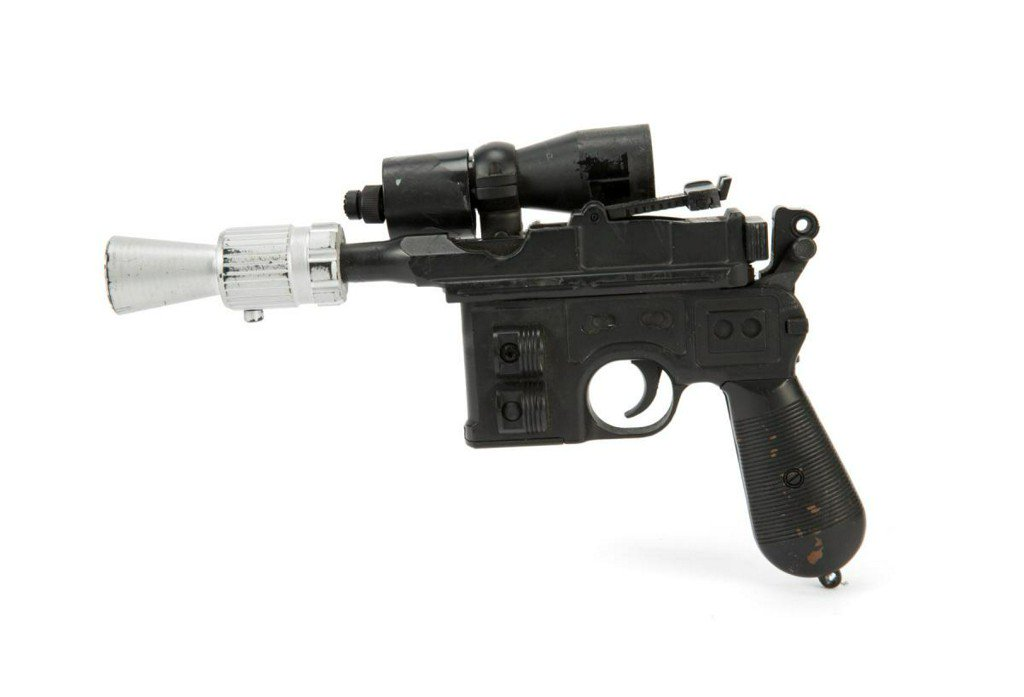 Han Solo's Jedi blaster gun sells for $550,000 at auction https://t.co/oe6X9MLNih https://t.co/IopaAgM2Xc