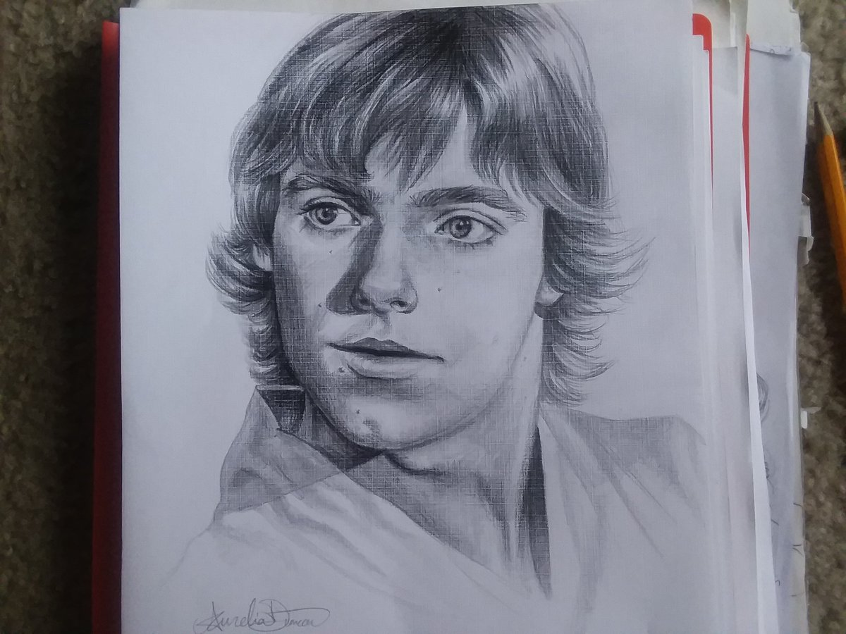 First time in a while drawing some traditional art, so I drew Luke Skywalker. I tried my best. #LukeSkywalker #markhamill #StarWars  #anewhope #traditionalart #Pencildrawing<br>http://pic.twitter.com/QwTxXR6VC0
