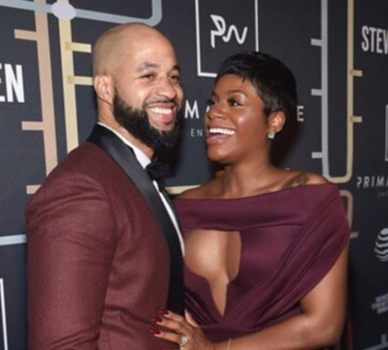 Fantasia on how putting a ring on her own hand, celibacy and praying helped her find love https://t.co/dmN11PBQ3w