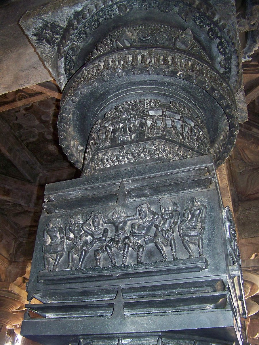 Detail of a finely carved column from Ramappa Temple, Telangana See the amazing relief work on column depicting musicians. See the details of octagonal shaft. Note the details of carved ring! Where else in the world do you see such magnificent craftsmanship? <br>http://pic.twitter.com/dkLpnXWFF7