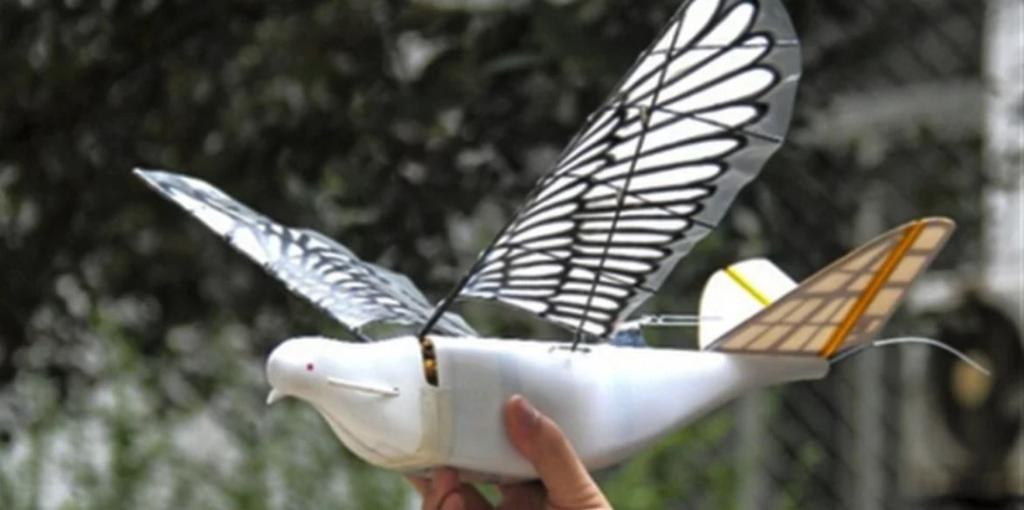China has launched high-tech bird drones to watch over its citizens   https:// cnet.co/2Kg11mF  &nbsp;  <br>http://pic.twitter.com/93J6TWRnht