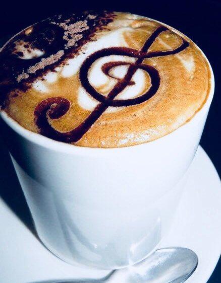 Morning  #monday #mondaymornings #mondays #electronic #music #yeah #techno #techhouse #deephouse #housemusic #electronica #dj #producer #remix #vinyl #coffee #latte #beauty #goodvibes #goodvibesonly #pretadanser #playlist #ibiza #london #goodweek #blessed #happy #love<br>http://pic.twitter.com/iwZ1WtjLbv