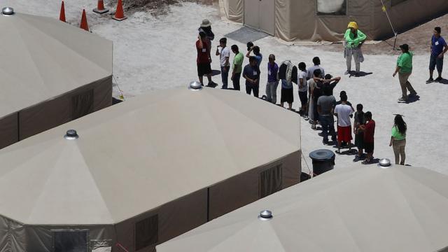 Mattis: Pentagon preparing temporary migrant camps on two military bases https://t.co/CyUElNSUPM