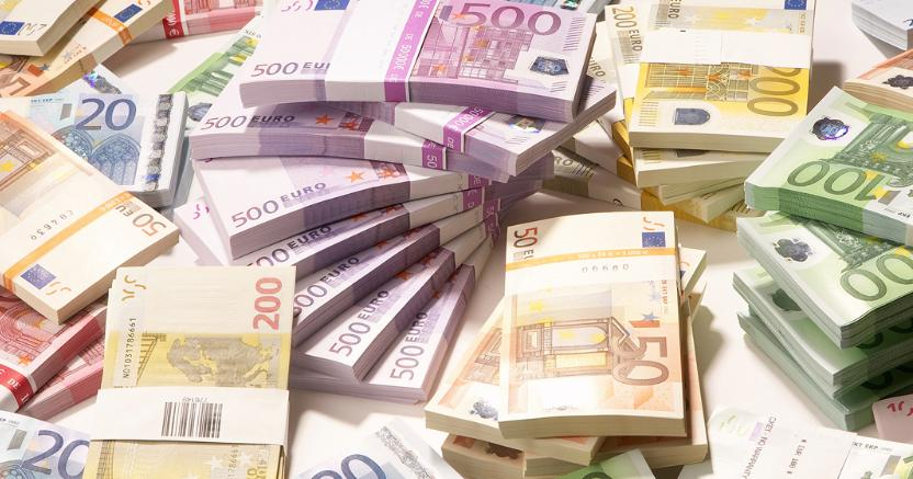 Italiani innamorati del contante. Tutti i rischi dei pagamenti cash https://t.co/9EkVLCC2vX