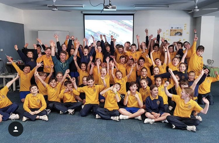 RT when you spot bobsleigh Olympian Hayden Smith 😅 We have loved all the amazing photos to come out of #OlympicDay - so many of your Aussie Olympians have been giving back to their local communities and sharing the Olympic values 💛💚 #UnitedBy