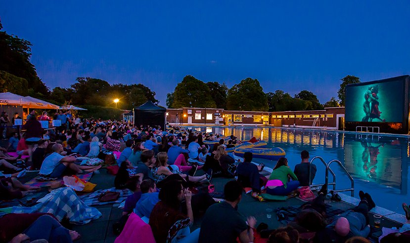 Would you like to treat someone to unlimited screenings of your favourite films under the stars? Enter here for your chance to win a pair of Golden Tickets to @TheLunaCinema. Follow the link to enter: https://t.co/V456kkeubB