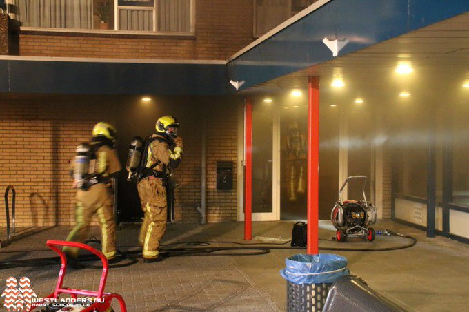 Getuigen gezocht van brandstichting bij Wittebrug https://t.co/WMYf6yUyYH https://t.co/VCnJFZtNdd