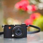 Leica heritage meets modern day. Discover #OskarsLegacy, discover the #LeicaCL: https://t.co/sk73MrdrRq  (Photo: dominicarenasphoto via leicastorebellevue // Instagram )