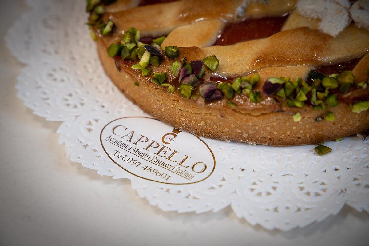 Ospite dell Italian Modern Pastry Program  almaschool il Maestro  cioccolatiere e pasticciere Salvatore Cappello della Pasticceria Cappello a  Palermo.… ... 1b9427a0488d