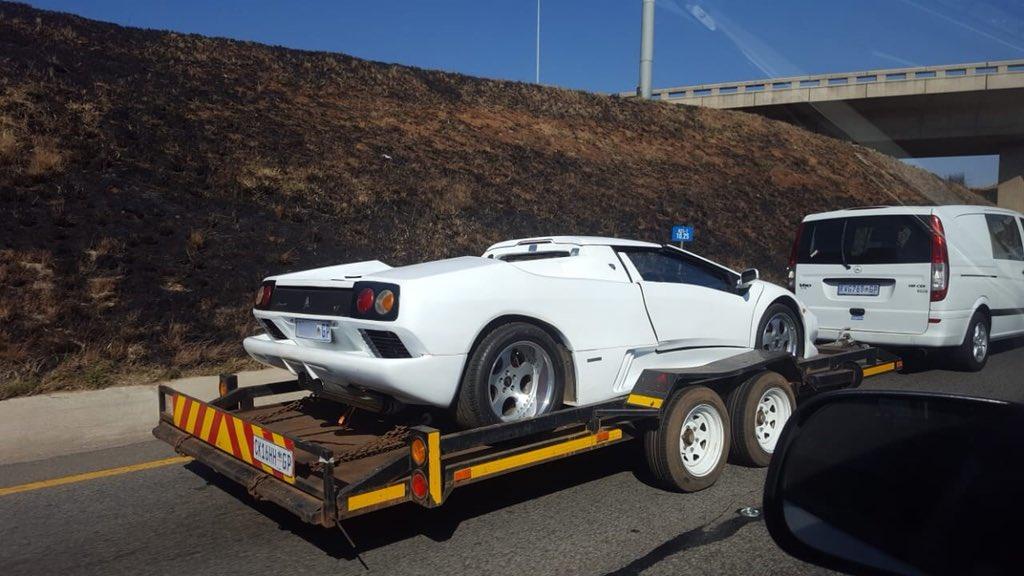 Zero2turbo Com On Twitter Lamborghini Diablo Missing A Rather