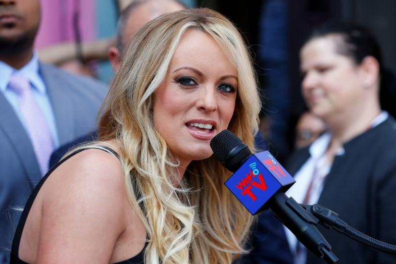 U.S. prosecutors cancel meeting with Stormy Daniels: lawyer https://t.co/cyx1VE9iOV https://t.co/aMeDjjiIFW