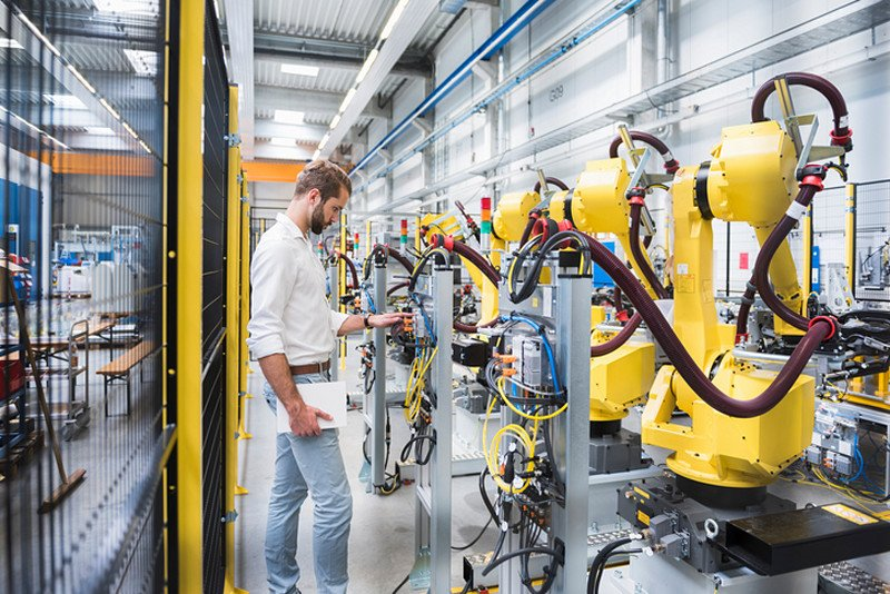 30% of jobs could be at &quot;high risk of automation&quot; by the early 2030s – what could this mean in your industry?  https:// virg.in/3Je  &nbsp;   #ReadbyRichard<br>http://pic.twitter.com/x6S8ETzOoP