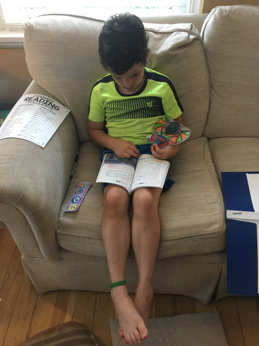 Ben has been caught reading with the Dragon.  Yeah!!! The first one of the summer. Awesome reader! <a target='_blank' href='https://t.co/hoCY1wpZoG'>https://t.co/hoCY1wpZoG</a>