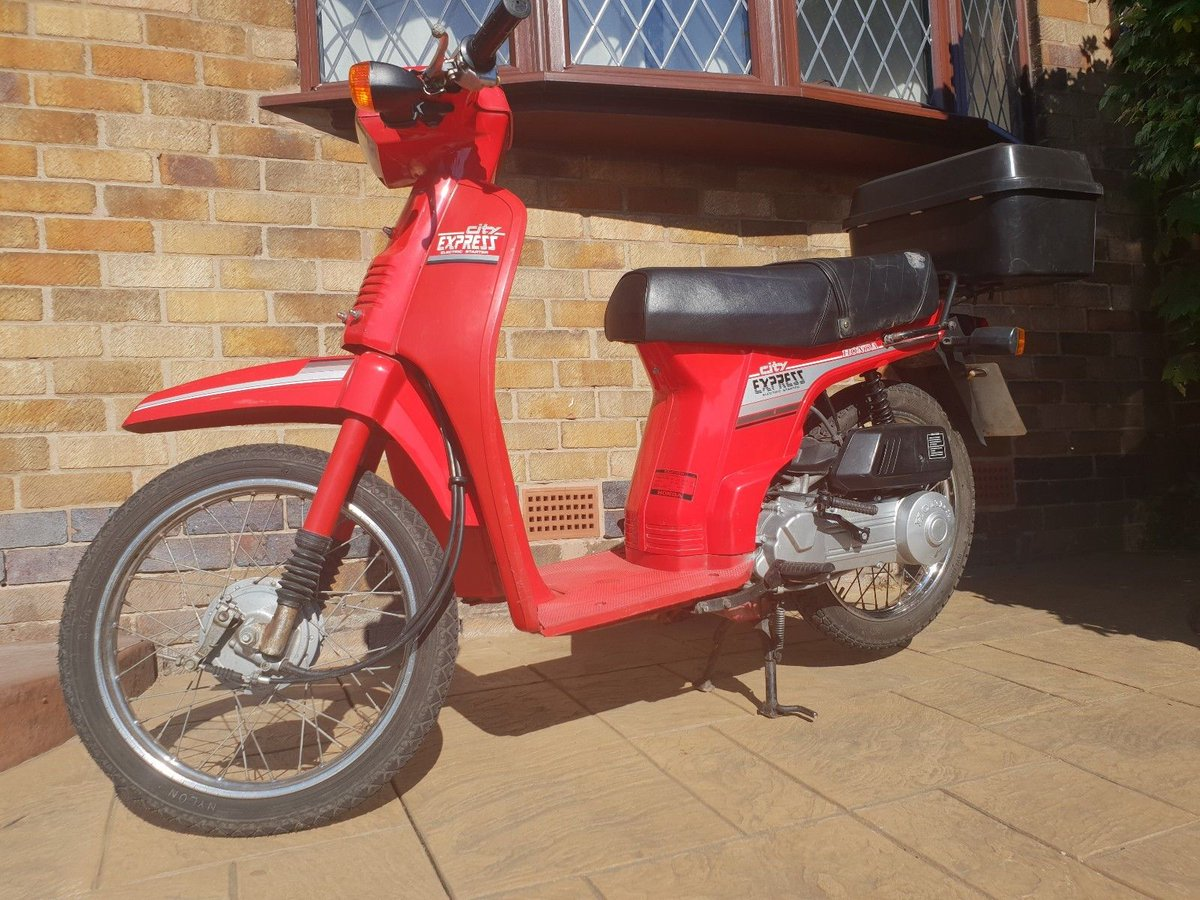 Uk Scooter Sales On Twitter Ebay Honda City Express 50cc Retro Japanese Scooter 3 000 Miles From New Https T Co A4tasdlec1