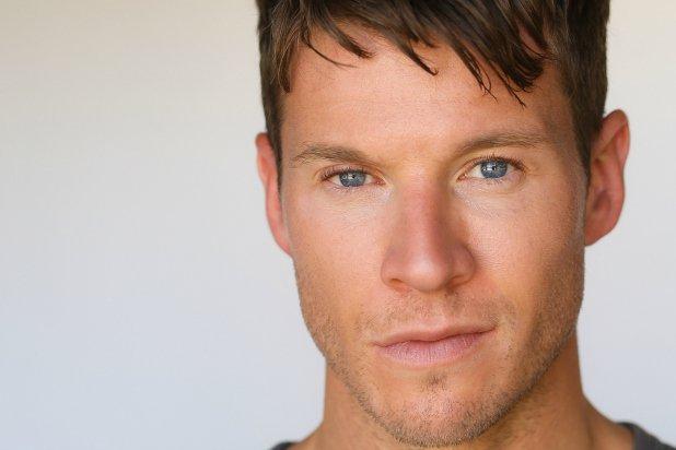 michael collins actor - 618×412