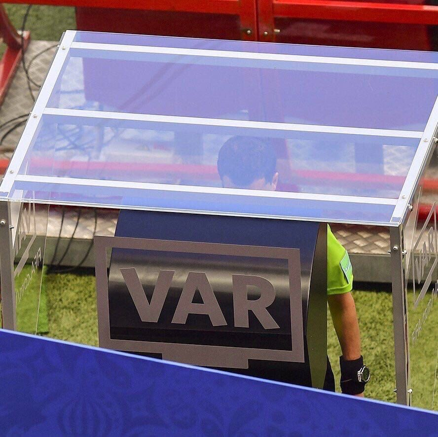 Is VAR a good idea?  🔁 RT - No  ❤ Like - Yes