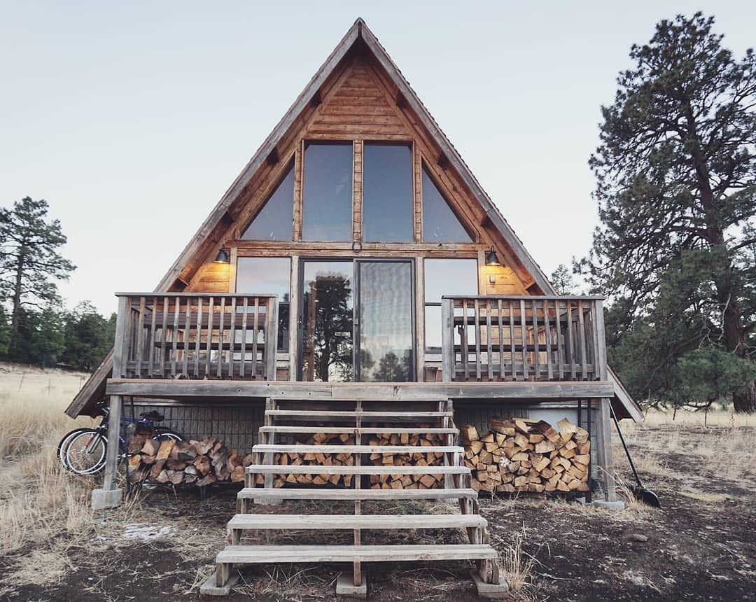Airbnb On Twitter This Scenic Cabin Gives New Meaning To