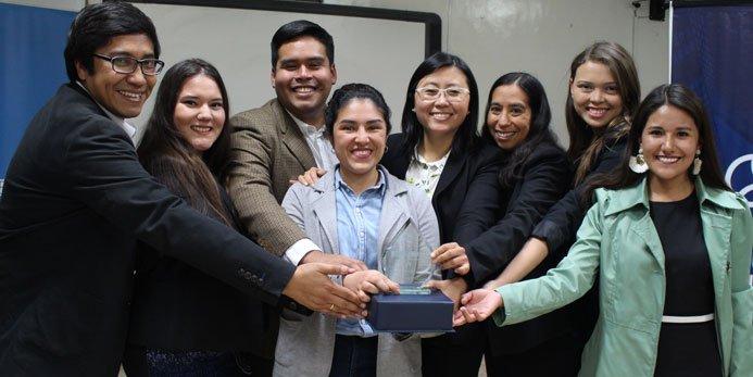 USIL recibe reconocimiento de AIESEC por la promoción del liderazgo juvenil