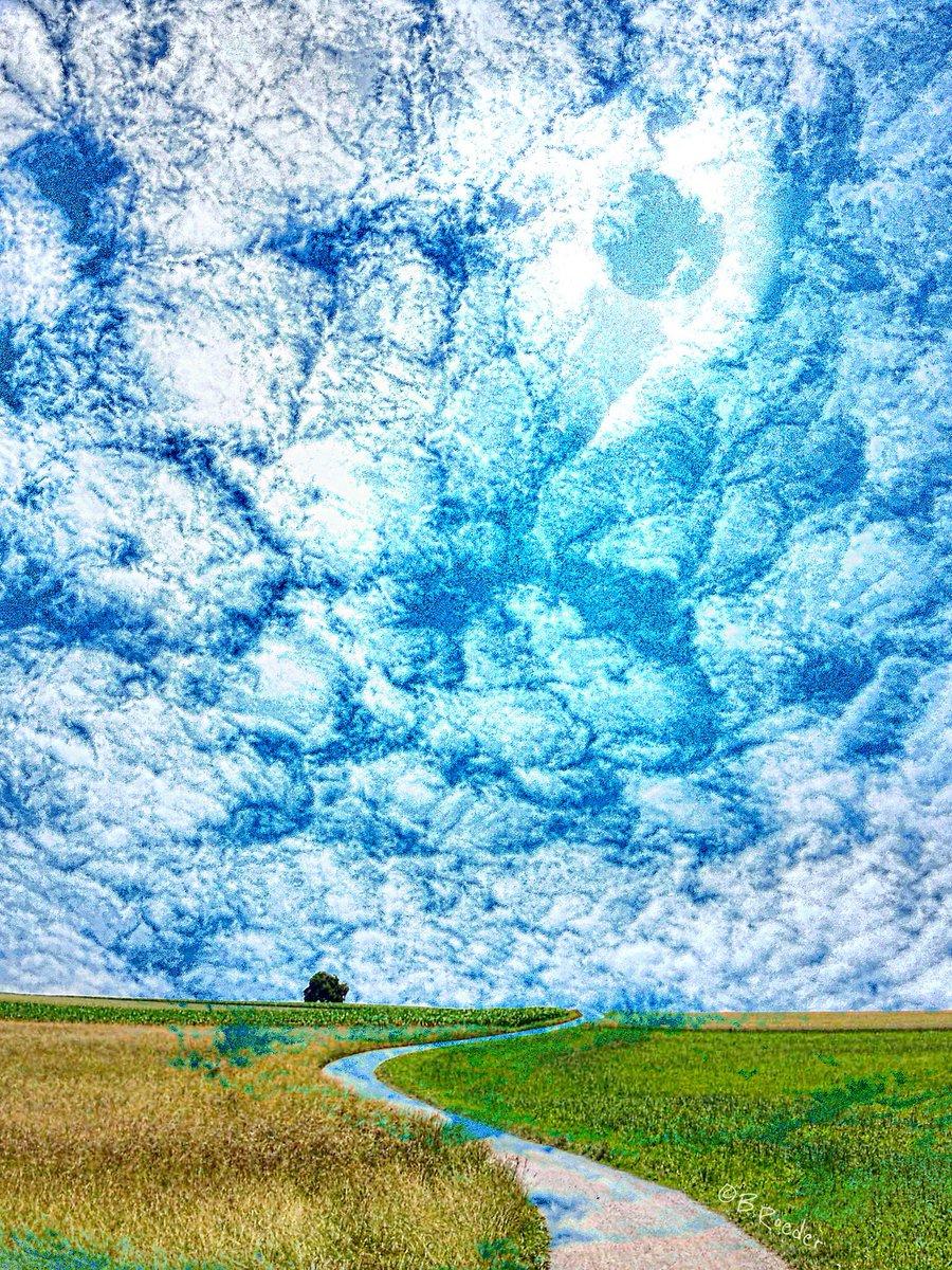 Zum Thema #lebensfrust ... Wie fühlt sich dein Leben an? Warum drücken uns #ärger, #frust und #negativegedanken so runter?  So bitter es ist – wir müssen bei uns anfangen, um dem #leben neuen Glanz zu verleien Taschenbuch: http://amzn.to/2tMxYjx e-book: http://amzn.to/2BuMjzGpic.twitter.com/2CGmkCfz5U