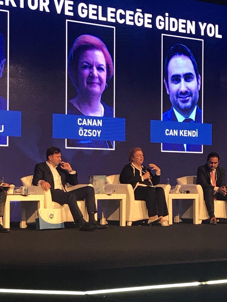 """GE Türkiye CEO'su Canan Özsoy: """"Eğer annenize yaptığınız işi 5-10 dakika içinde anlatabiliyor ve o da anlıyorsa ileride işsiz kalacaksınız."""""""
