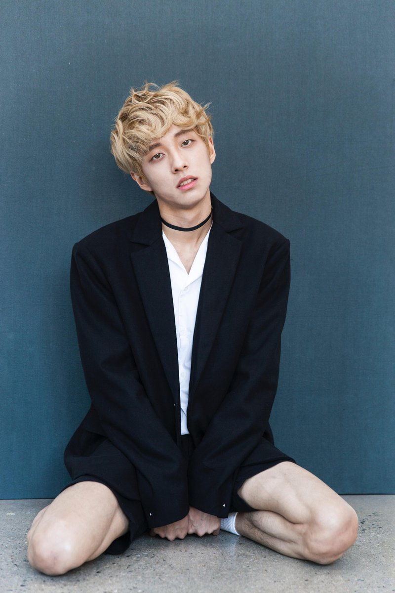 💯 YOUR 201 #DAZED1008  WINNER  @HOLLAND_vvvIS  💯   The emerging talent is the first openly gay K-pop star in Korea, who's amassed a huge following of loyal stans. Watch our interview with your  winner here:    🎉 https://t.co/qeS5Of8iQwCongrats Holland! 🎉