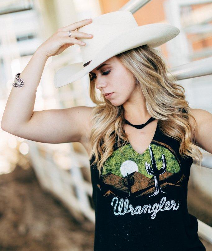 Western Desert Details  #cowgirlstyle #western #lammleslife