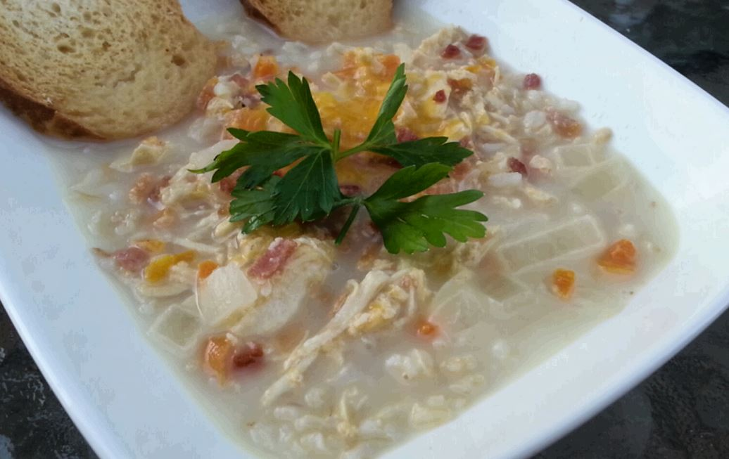 Cheesy Crock Pot Chicken Bacon and Rice Soup  Recipe 😍⤵️ https://t.co/DtpZVHjrq3 https://t.co/Cio5REEuJZ