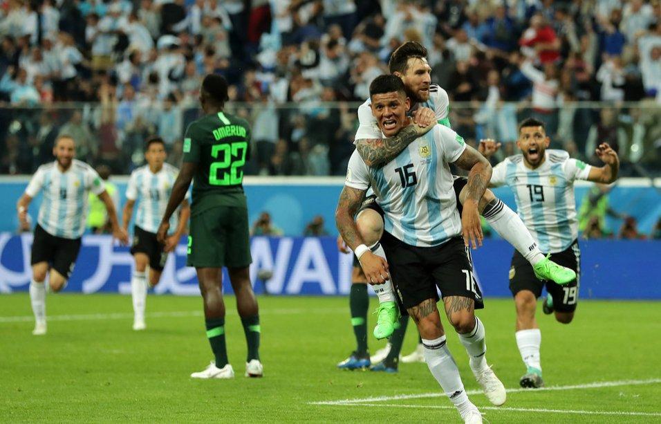 Argentina venció 2-1 a Nigeria