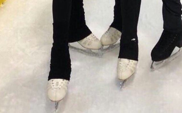 Брайан О́рсер / Brian Orser & Toronto Cricket Skating Curling Club - Страница 6 DgpLbBVXcAAQo0v