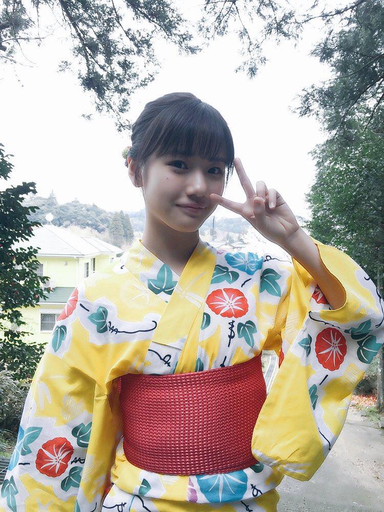 モーニング娘。'18 横山玲奈 ファースト写真集  THIS IS REINA に関する画像6