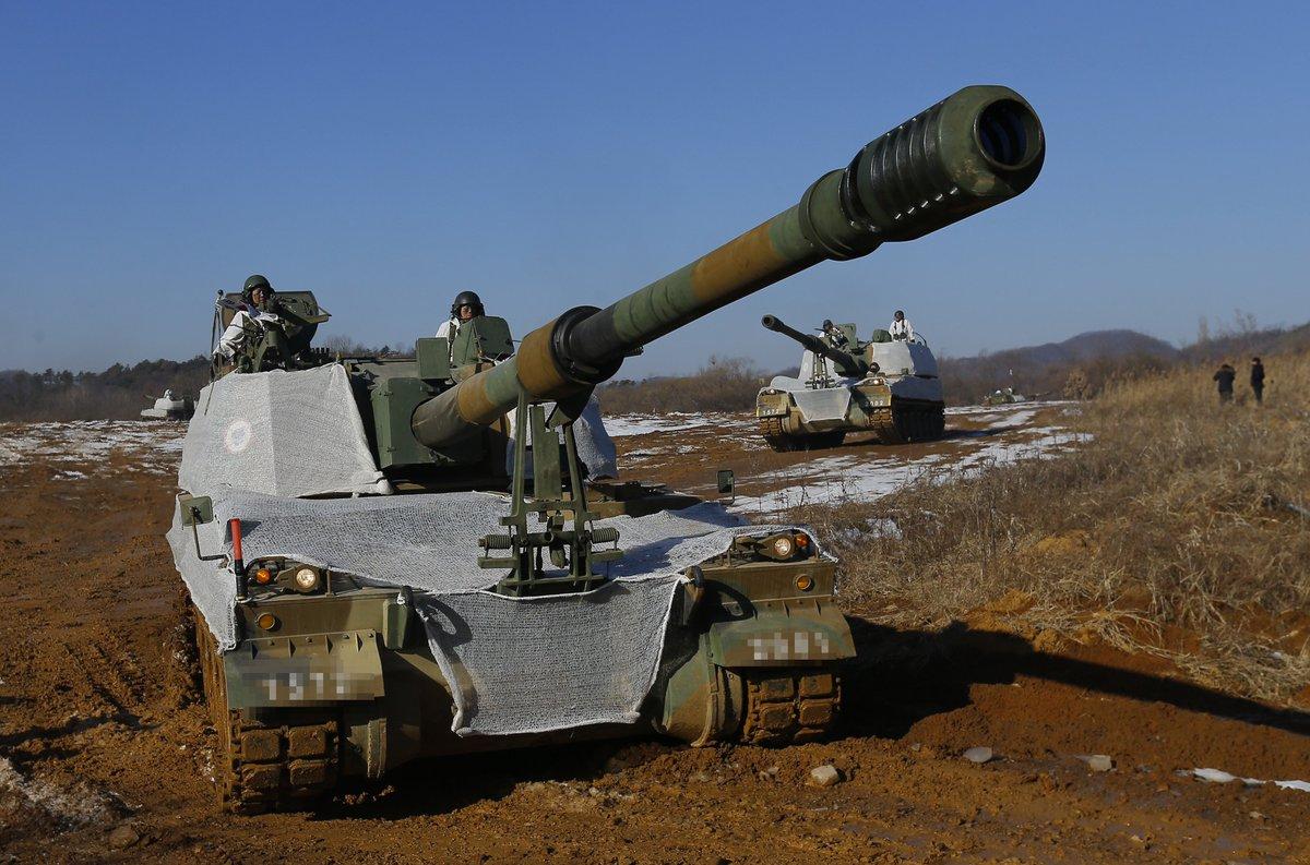 استونيا تشتري 12 مدفع K9 Thunder ذاتي الحركه من كوريا الجنوبيه  Dgr16NIXkAAcnLU