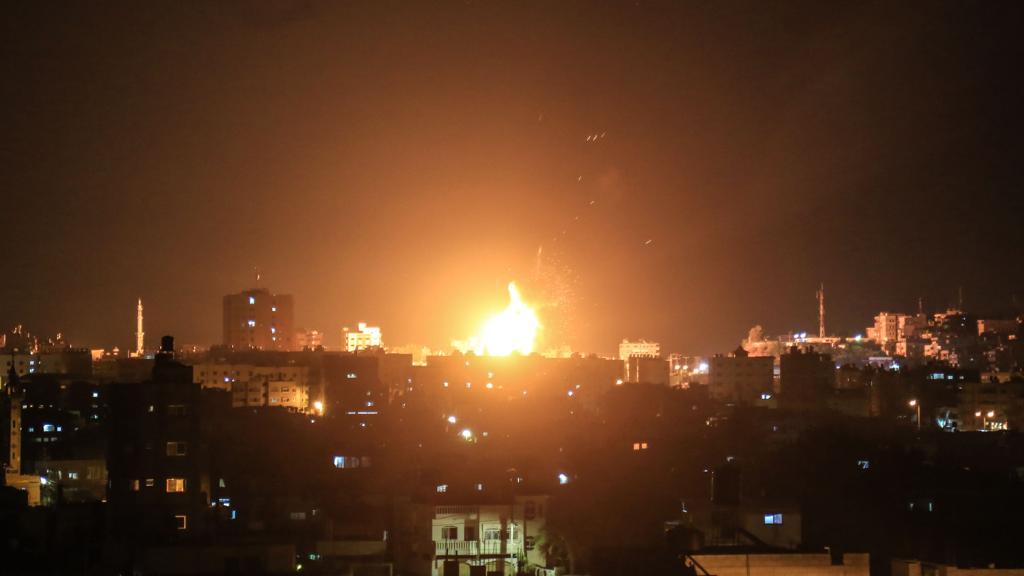Hamas lancia razzi da Gaza a Israele: notte di tensione https://t.co/NS1VPCKvR8