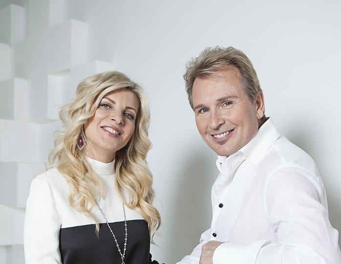 александр малинин с женой фото различных рейтингах