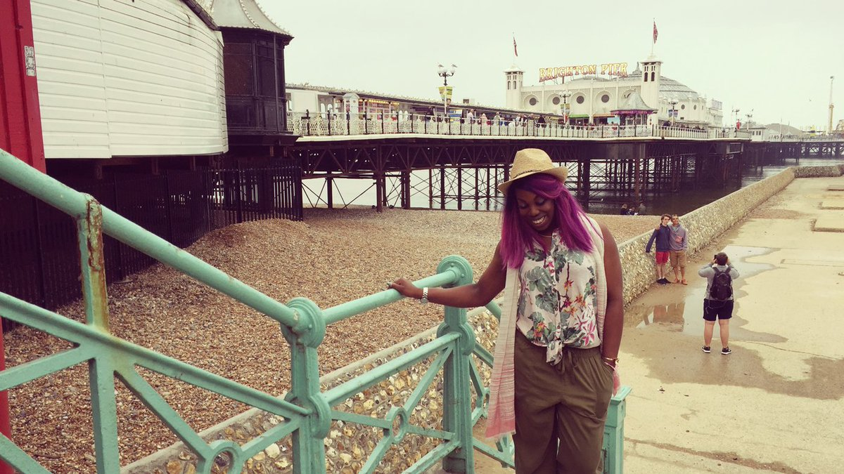 fb2904c969 Here's Ebony, one of the crew at FatFace Brighton, to tell you why  #Brighton is the ultimate seaside destination… http://bit.ly/fatfcebrighton  ...