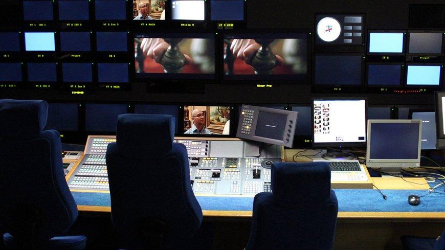 ΕΣΡ: Οι πέντε τηλεοπτικές άδειες γενικού περιεχομένου https://artxpress.gr/logos-kai-idees/anakoinoseis/item/4276-esr-tv-adeies… #TVadeies #ESR #ESR_TV #adeies #adeiesTV
