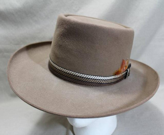 c911ec5d38a Vintage Resistol Roundup Collection Fur Felt Tan Light Brown Western  Rancher Men s Hat Self Conforming Size 7 56 cm https   etsy.me 2knGmzc   Etsy ...