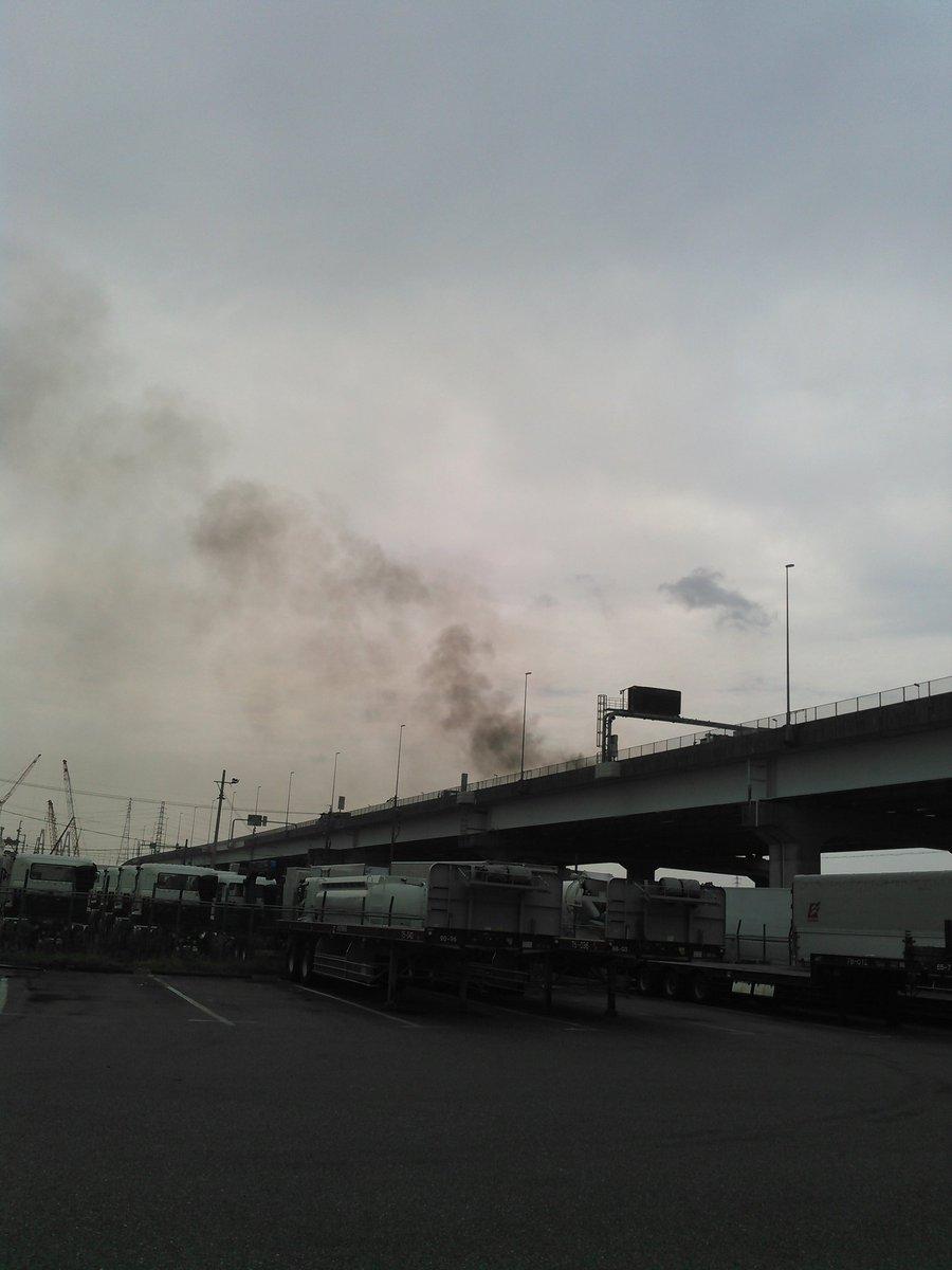 湾岸 火災 伊勢 道