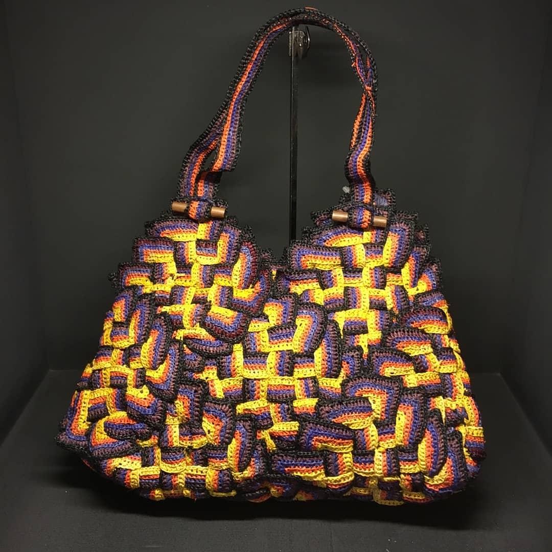 【JAMIN PUECH】 Graphical raffia collection. 曇り空でも映えるバッグを。ジャマンピュエッシュのラフィアコレクション。 #hpfmall #jaminpuech #ジャマンピュエッシュ #ラフィアバッグ #夏バッグ #hpfrance #アッシュペーフランス #天然素材バッグpic.twitter.com/fT40PmFwLT